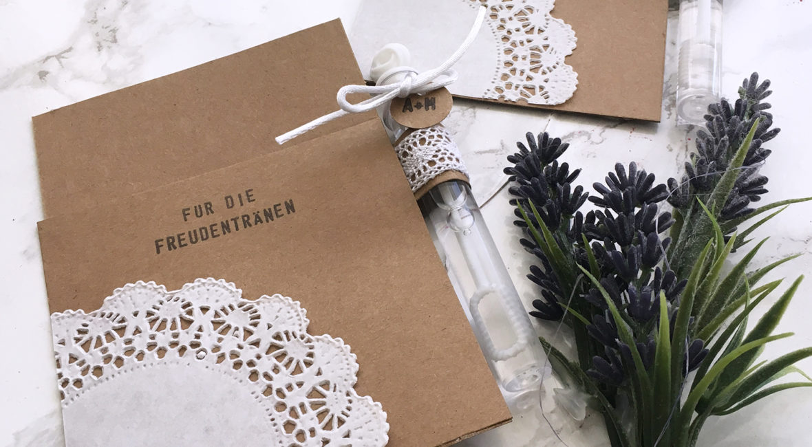 diy-freudentränen-wedding-bubbles