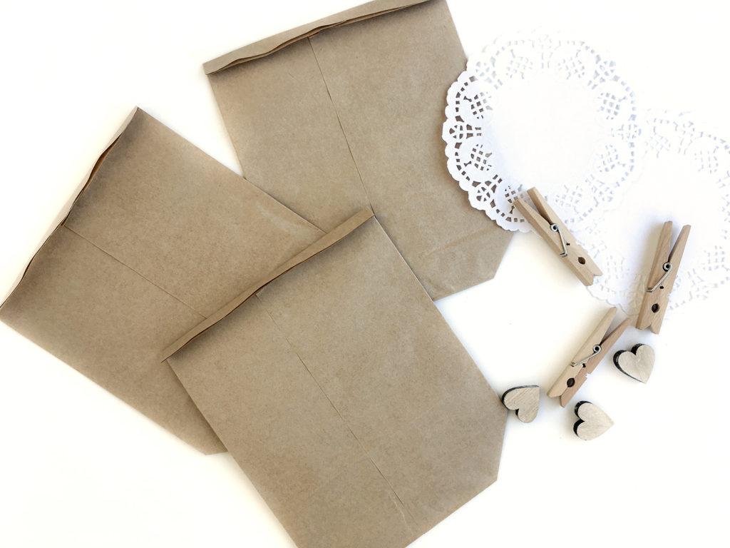 diy-brautjungfern-geschenke-vintage-hochzeit-tüte-falten