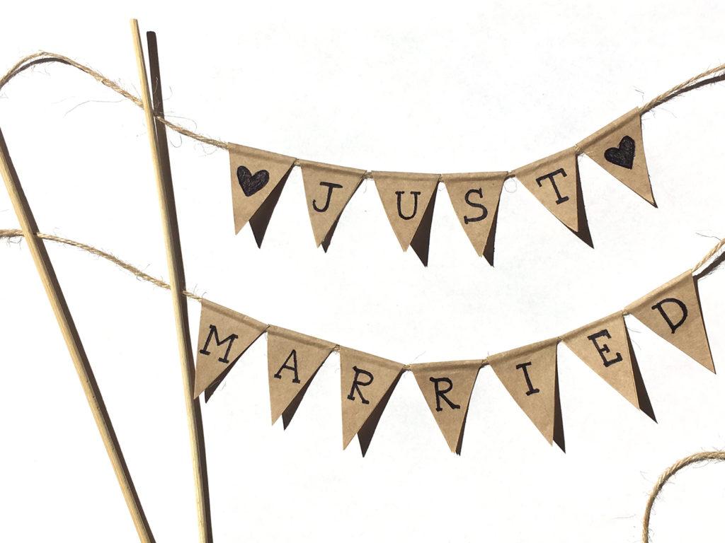 diy-wedding-cake-topper-vintage-dreiecke-auf-spießen-befestigen