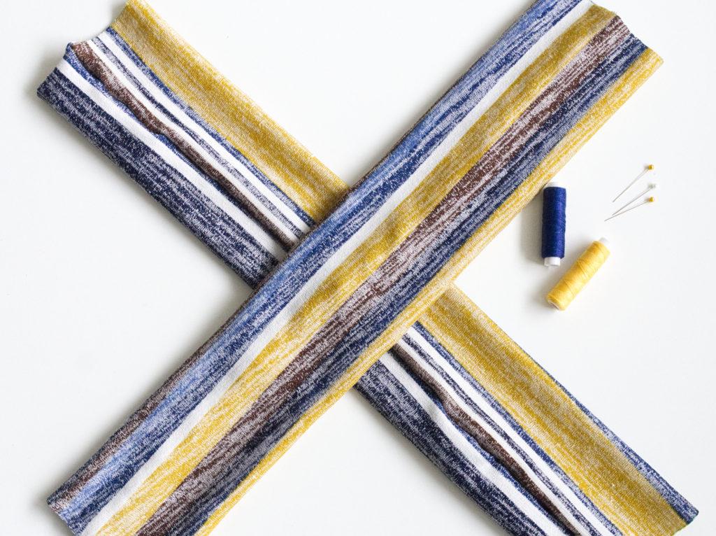 diy-stirnband-naehen-stoffe-aufeinanderlegen