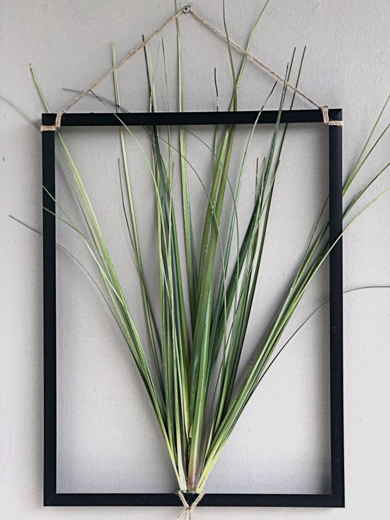 diy-bilderrahmen-pflanzenbilder-balkon-garten-aufhaengen
