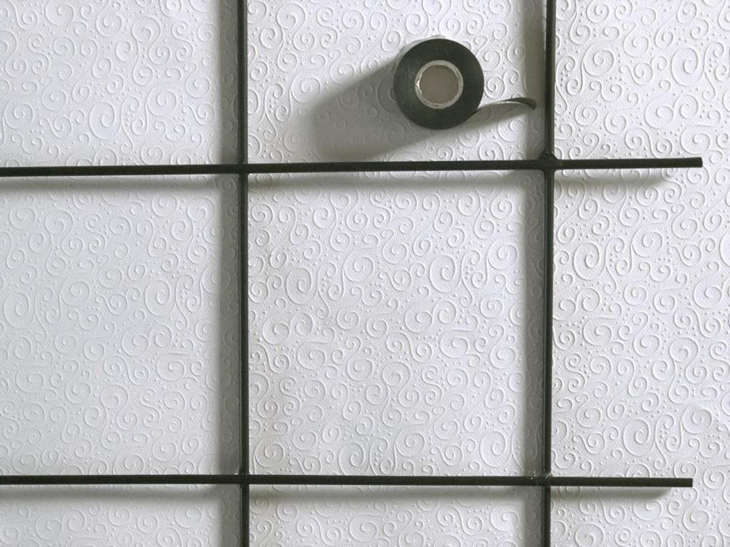diy-pflanzengitter-balkon-isolierband