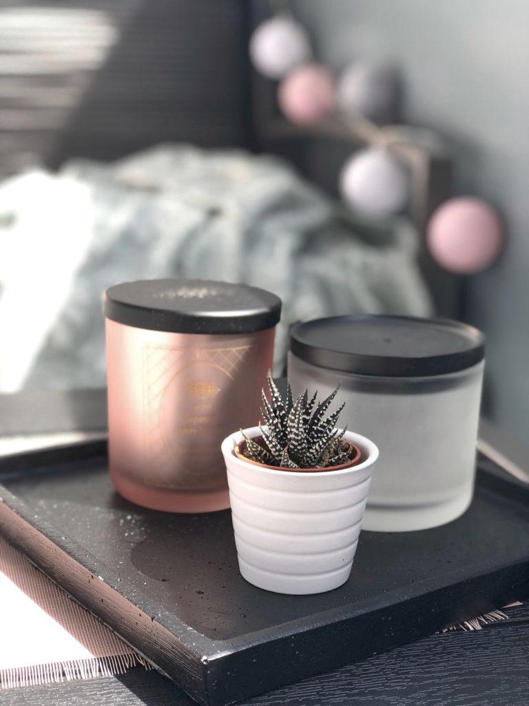 10-Tipps-kleinen-Balkon-einrichten-Kerzen