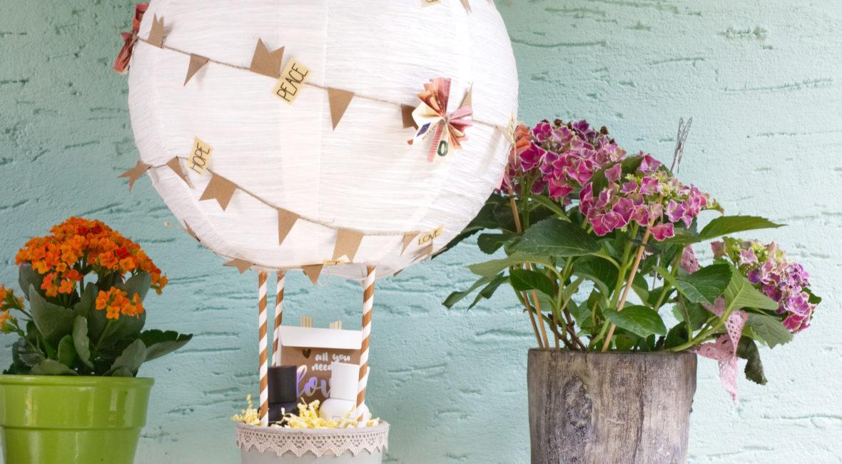DIY-kreatives-geldgeschenk-hochzeit-heißluftballon