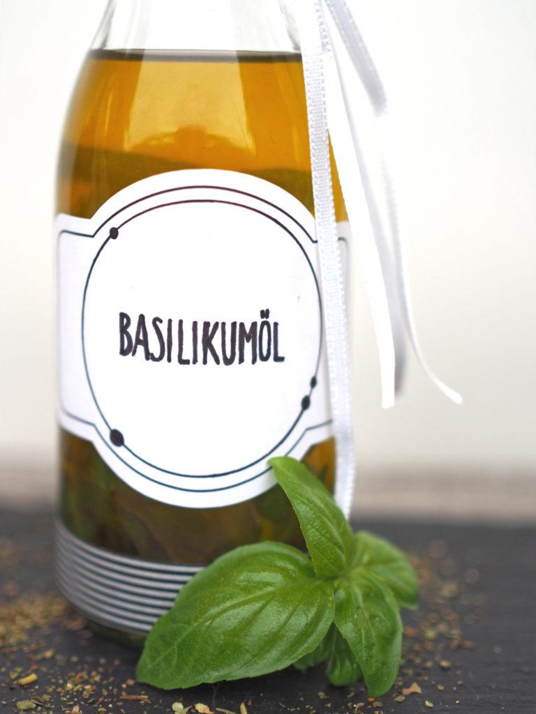 diy-geschenkidee-Speiseöl-Geschmack-basilikum