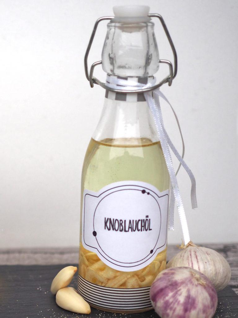 diy-geschenkidee-Speiseöl-Geschmack-knoblauch