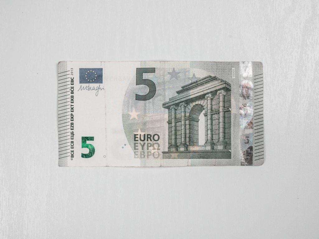 geldschein-falten-schritt1