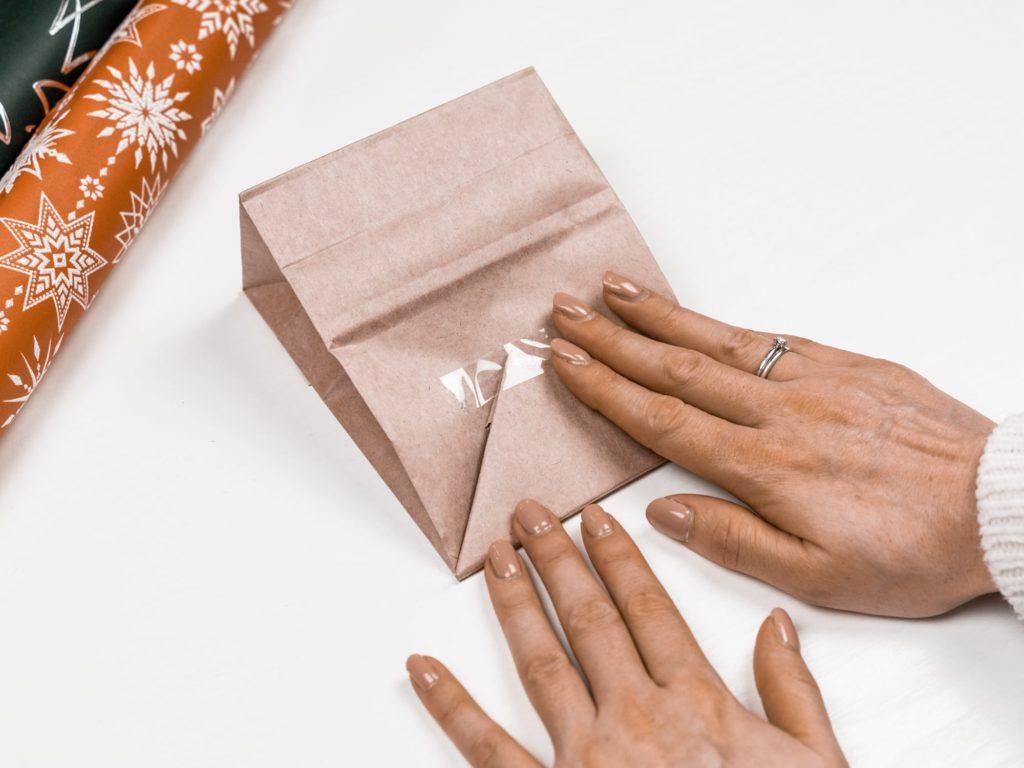 papiertüten-befüllen